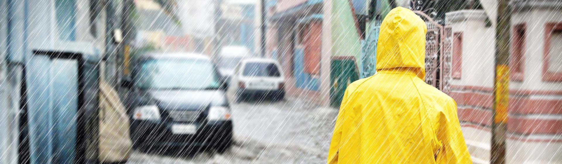 Wer trägt die Kosten bei Wetterschäden?